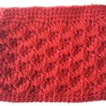 松編み赤ポーチ01